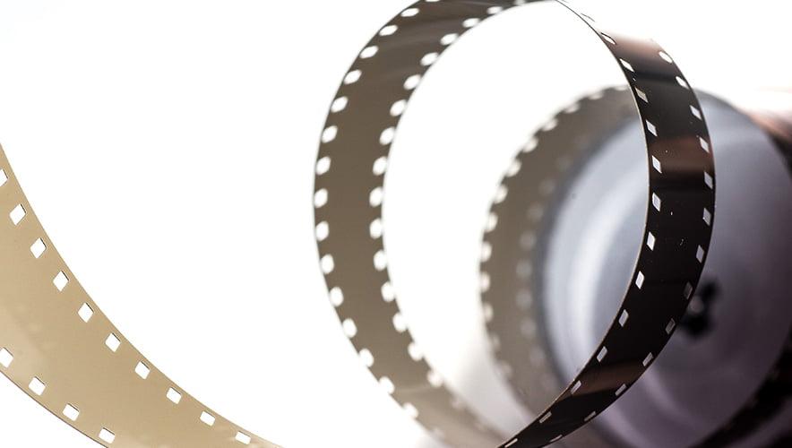 まずは1本動画を制作してみましょう。サムシングファンならリーズナブルな動画制作企画をヒアリングから実現可能です。