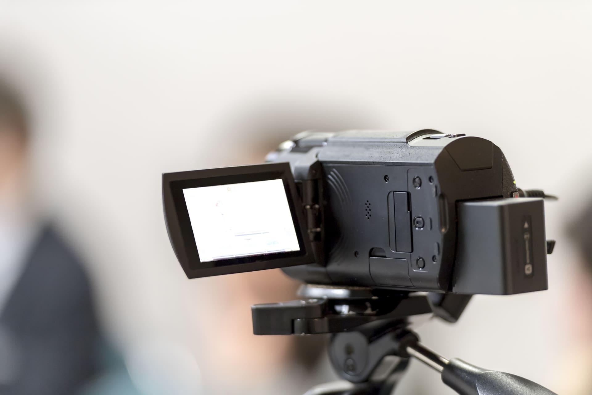 YouTubeに投稿する動画を撮影する