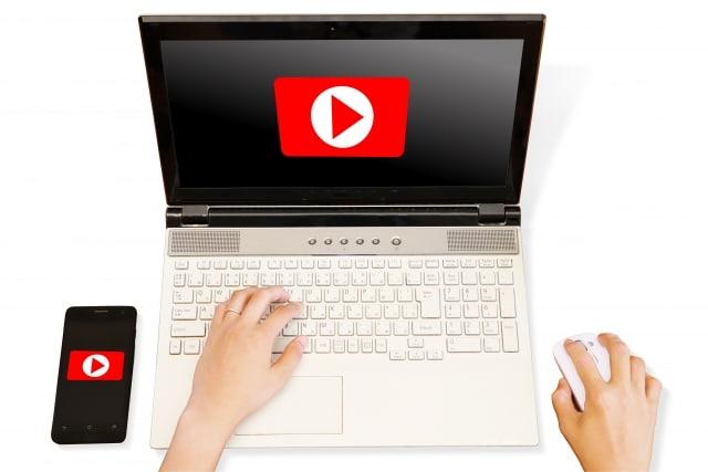 動画をYouTubeに投稿する