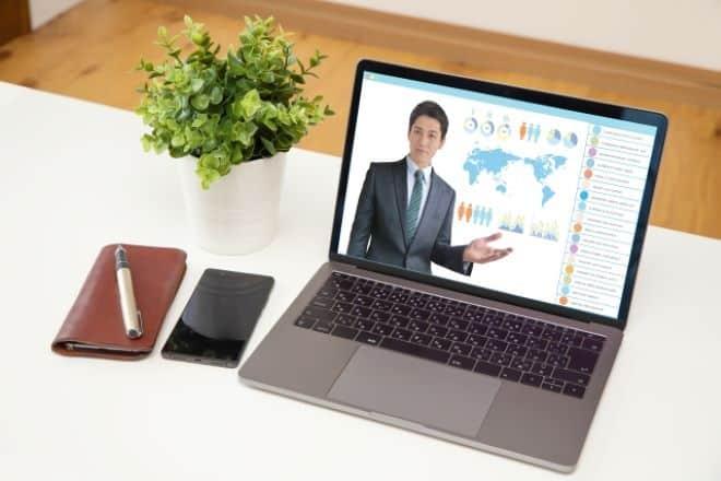 Zoomウェビナーとはオンラインでビデオ通話ができるツール