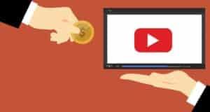 YouTubeのライブ配信でチャット投稿するには?チャットで収益化する仕組みも解説