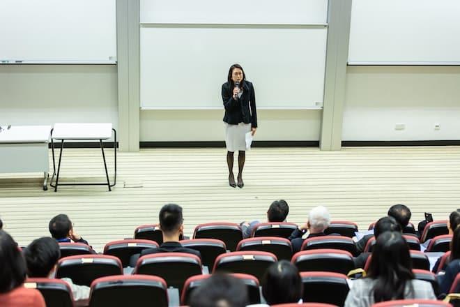 【新入社員・社内教育に向けて】研修動画の事例と制作のポイントまとめ
