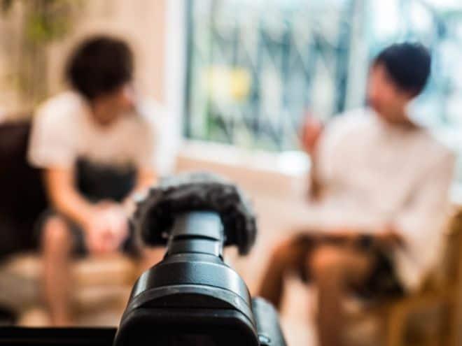 インタビュー動画の基礎マニュアル!かっこいい編集・撮影方法を紹介