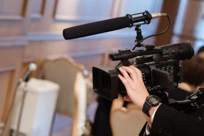 イベント動画制作・撮影・編集は業者に依頼するのもあり